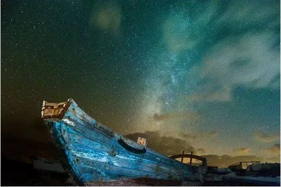 """上海周边游带你去希腊沉船湾,体验国民老公宋仲基最经典的""""撩妹杀""""!"""