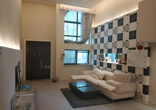 青浦区-金水湾(别墅)-4室3厅3卫-240㎡