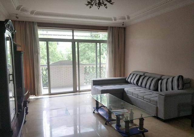 青浦区-新虹桥明珠花园-3室2厅2卫-125㎡